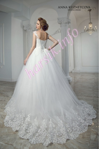 Wedding dress 349851606
