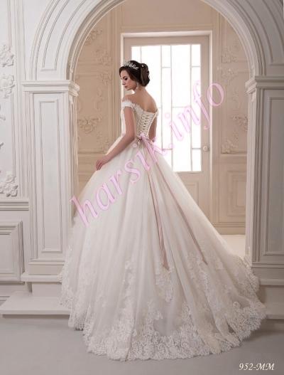 Wedding dress 608672436