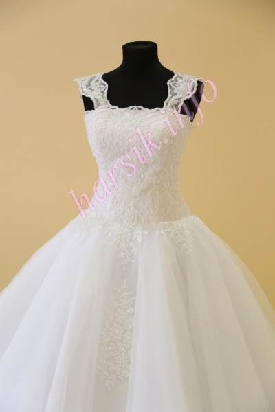 Wedding dress 544069599