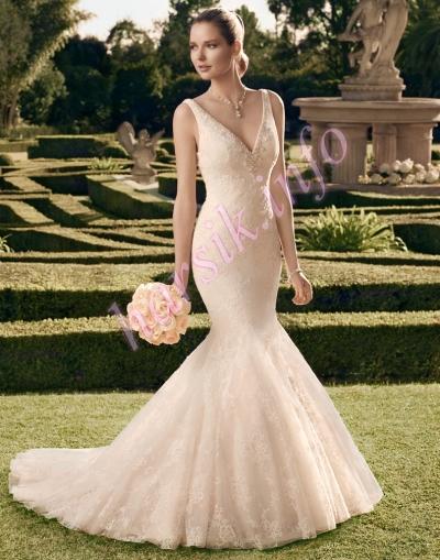Casablanca Bridal style 2165 | Fall 2014 collection