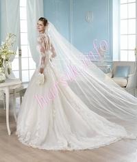 Wedding dress 386223354
