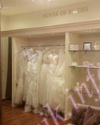 Wedding dress 70477514