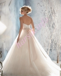 Wedding dress 223767868