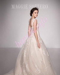 Wedding dress 680651886