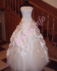 Wedding dress 365478314
