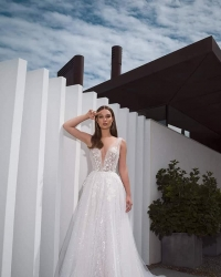 Wedding dress 678979849
