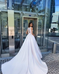 Wedding dress 969180671