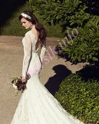 Wedding dress 438347639