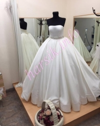 Wedding dress 527500328