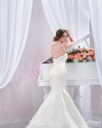 Wedding dress 142209687