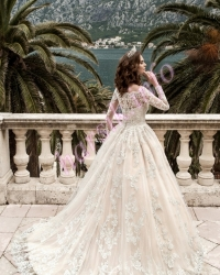 Wedding dress 375610733