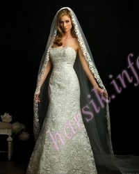 Wedding dress 672034917