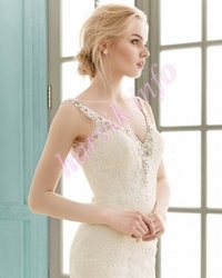 Wedding dress 242623639