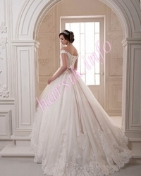 Wedding dress 608672436