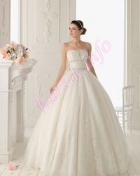 Wedding dress 480477599
