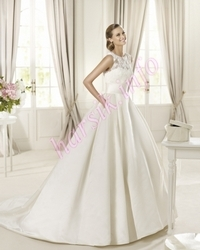Wedding dress 329909568