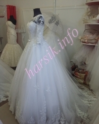 Wedding dress 254643996