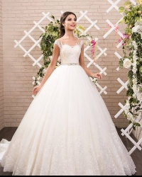 Wedding dress 348519196