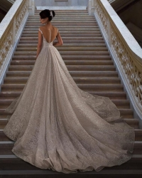 Wedding dress 654523189