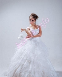 Wedding dress 681352337