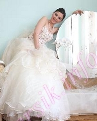 Wedding dress 972356458