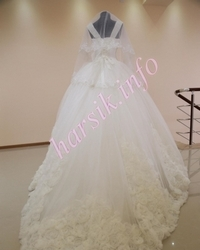 Wedding dress 226808170