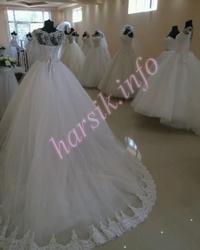 Wedding dress 632355239