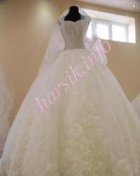 Wedding dress 652926769