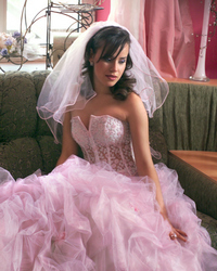 Wedding dress 132259895