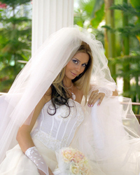 Wedding dress 697881728