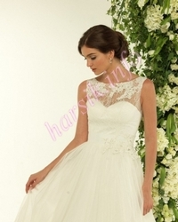 Wedding dress 556126798
