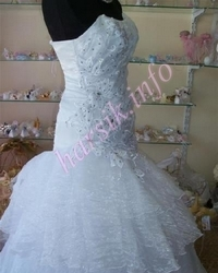 Wedding dress 297776896