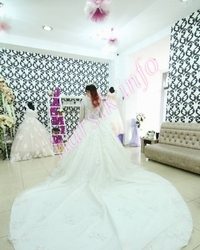 Wedding dress 320304808