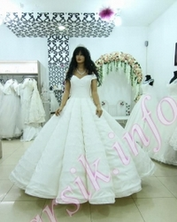 Wedding dress 244445481