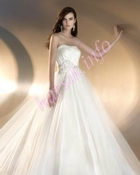 Wedding dress 499530656