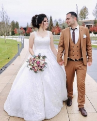 Wedding dress 343486653
