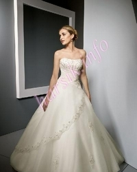 Wedding dress 352973054