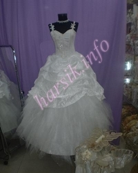 Wedding dress 138365427
