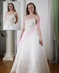 Wedding dress 485090142