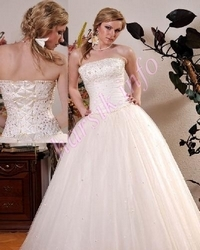 Wedding dress 430646771