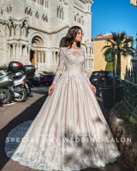 Wedding dress 119780134