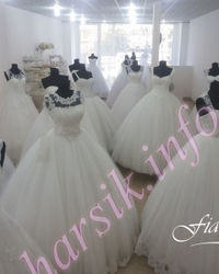 Wedding dress 364576136