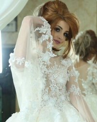 Wedding dress 257407527