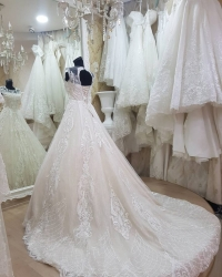 Wedding dress 835749729