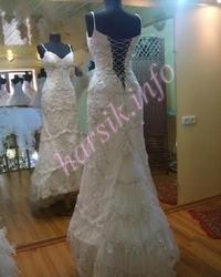 Wedding dress 335423963