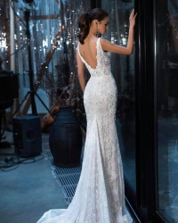 Wedding dress 469931789