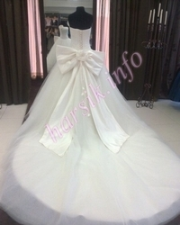Wedding dress 130355294