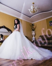 Wedding dress 803425759